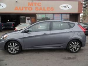2017 Hyundai Accent SE, SUNROOF, KM:9K