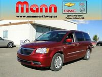 2015 Chrysler Town & Country Touring-Stow n Go, Rear View Camera