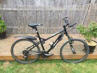***UPGRADED*** great commuter bike Specialized Myka 2012 17 inch frame Mountain Bike