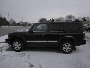 2010 Jeep Commander Sport! 7-PASS! SUNROOF!