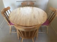 Brilliant condition dining table & four chairs