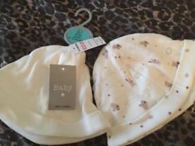 Brand new 6-12m baby hats