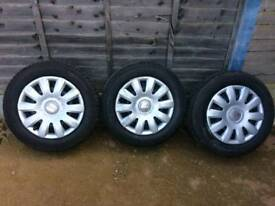 SEAT WHEELS WITH CAPS