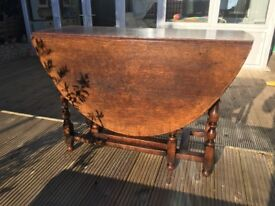 Titchmarsh and Goodwin, Vintage Solid Oa,k Oval Drop Leaf, Gate Leg, Dining Table