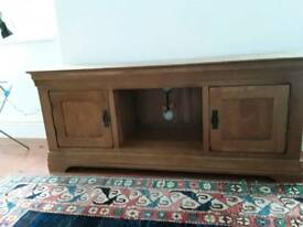 SOLID OAK WIDESCREEN TV CABINET