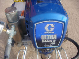GRACO PROFESSIONAL AIRLESS PAINT SPRAYER MODEL ULTRA MAX 795