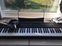 Gear 4 Music Piano -Excellent condition