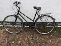 Womans ammaco Hybrid classic style bike ** i can deliver **
