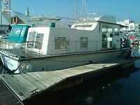 House boat in Newhaven on sale - 39 ft