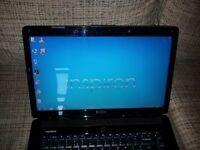 "Cheap Laptop Dell Inspiron 1545 - 15.6"" - Intel Core 2 Duo T6400 - 3 GB RAM - 250 GB HDD"