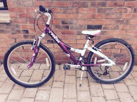"Girls bike 20"" 21 gear- pink/white, VGC"