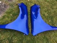 VW Golf Mk5 R32 front wings (rust damaged)