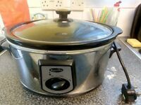 Large breville slow cooker.