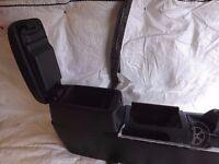 Mazda 6 2002-2007 BOTTOM CENTER CONSOLE AND ARMREST STORAGE BOX Ref. V23