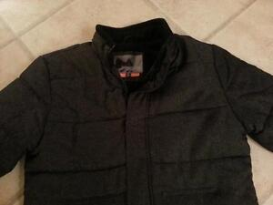 Men's Winter Jacket Size Small Excellent Condition Cambridge Kitchener Area image 2