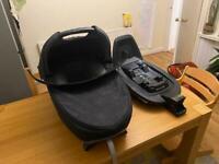Maxi Cosi Jade - lie flat car seat plus family fix 3 isofix base.