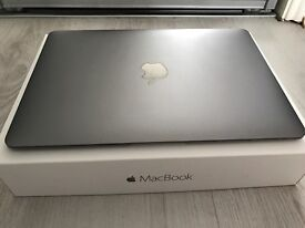 IMMACULATE MACBOOK SPACE GREY 3 MONTHS OLD