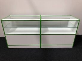 Shop display Unit Set of 2 in White Matt and Green gloss Trim