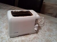 Toaster, white, 2 slices, good condition