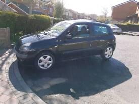 Renault Clio 1.2 billabong 104k