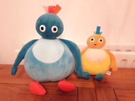 2 twirlywoos talking soft toys