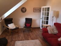 Spacious 2 Double Bedroom Flat in West End with large dining kitchen
