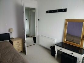 Student room to let