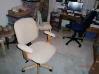 Office Swivel Chair, Beige, very good condition