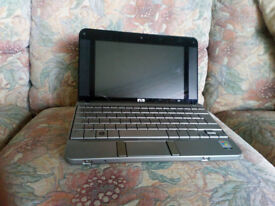 LAPTOP: HP 2133 mininote. Complete and in good working order