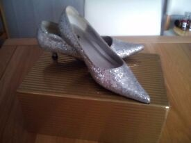 Silver shoes Ideal for special occasions Prom or fancy dress