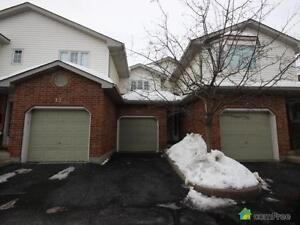 $285,000 - Townhouse for sale in Waterloo