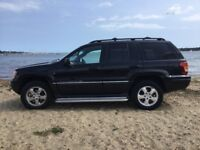 Almost immaculate limited edition platinum 2.7 Jeep Grand Cherokee CRD with FSH