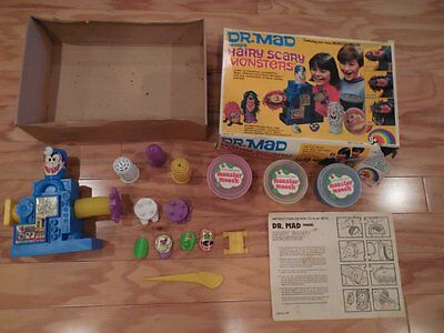Vintage 70's Play Doh DR. MAD MAKES HAIRY SCARY MONSTERS Original FUZZY PUMPER