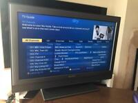 Sony KDL-32P3020 - 32'' Widescreen Bravia HD Ready LCD TV - FREE VIEW Remote etc