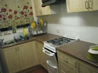 Double Room available in India family house for working professional very clean- All bills included