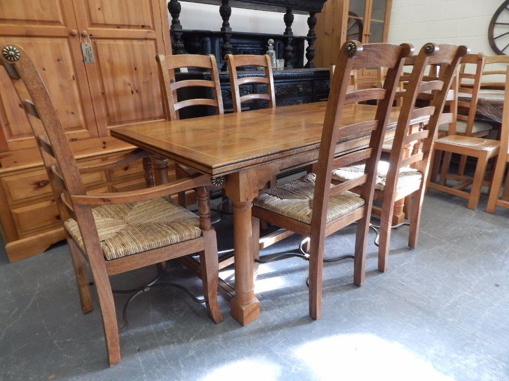 Stunning Flagstone Dining Table NO CHAIRS