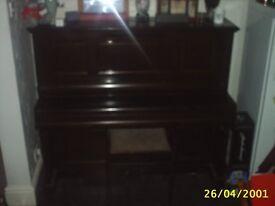 SQUIRE &LONGSON PIANO