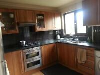 2 Bed room house tolet (front & back garden, govanhill area)