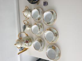 Beautiful Design Vintage Tea Set