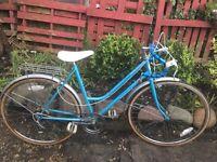 Vintage Astra ladies racing bike 5 speed 20 inch frame 26 inch wheels