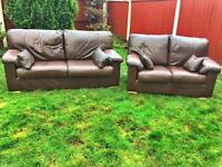 3&2 seater chestnut brown leather sofas by Klaussner can deliver