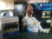 SONY PlayStation 4 Slim 500Gb & FIFA 18 + extra DualShock 4 V2 Wireless Controller
