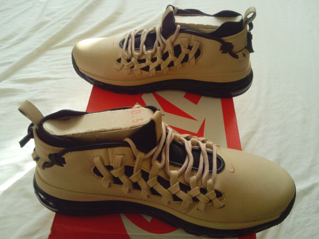 timeless design 9fbfc 1a5b3 Unique Nike Air Max TR17 Trainers UK Size 9.5 (RARE) RRP 180