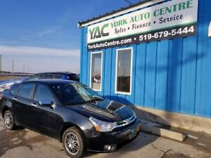 2011 Ford Focus SE; Auto AC Cruise Sync Alloys!