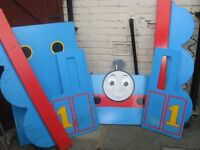 THOMAS THE TANK ENGINE WOODEN BED