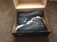 BRAND NEW: Timberland Safety Boots