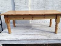 LARGE RUSTIC PINE COFFEE TABLE VERY PIECE 126cm X 55 cm FREE LOCAL DELIVERY AVAILABLE 07486933766