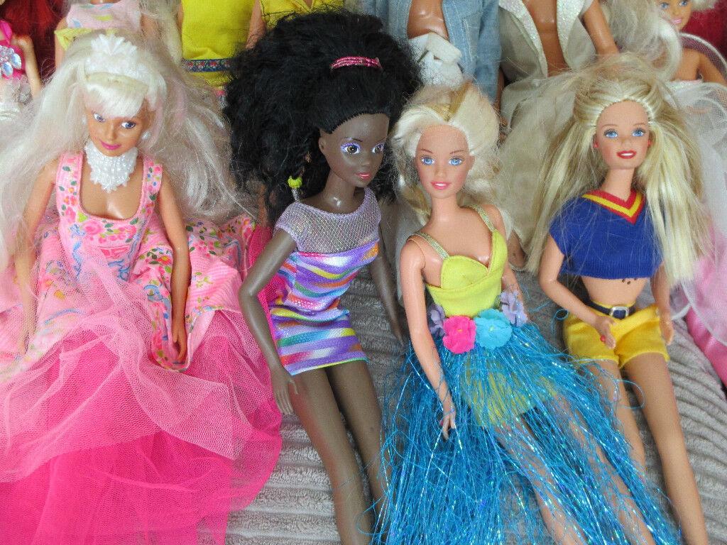 Barbie/Sindy/Ken/Disney/Barbie Little Sister Bundle