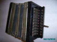 DULCET ACCORDIAN SQUEEZEBOX APX 1940s good condition plays needs small repair