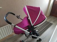 Silvercross surf pram with carseat an isofix base